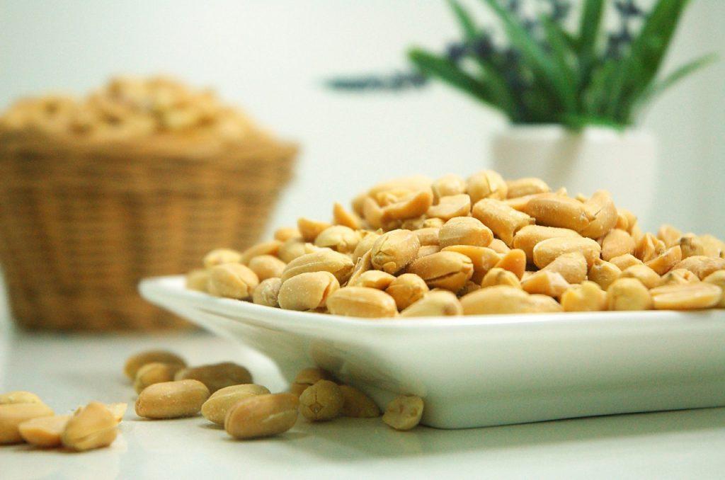 jornötter i skål